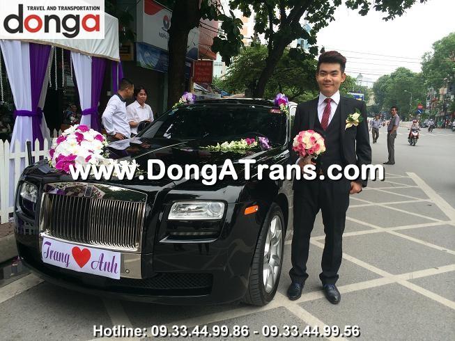 khach-hang-thue-xe-cuoi-dong-a (1)