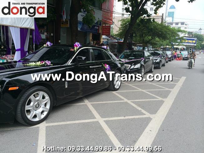 khach-hang-thue-xe-cuoi-dong-a (2)