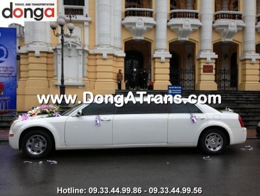 thue-xe-cuoi-chrysler-limousine (3)