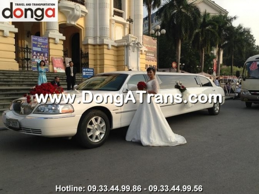 thue-xe-cuoi-limousine-lincoln
