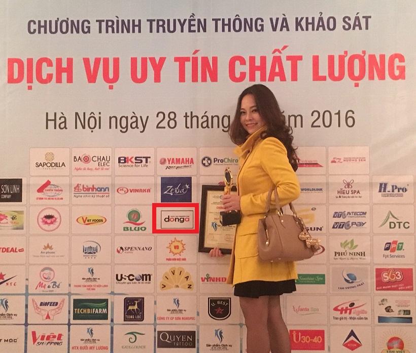 anh-dong-a-trans-nhan-giai-thuong-dich-vu-uy-tin-chat-luong-nam-2015
