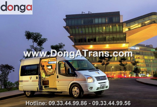 cho-thue-xe-dcar-limousine-luxury-ford-transit