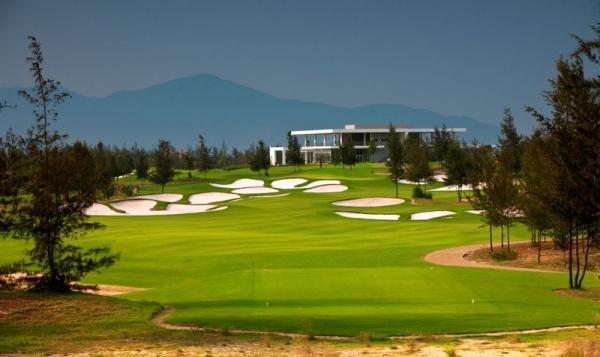 cho-thue-xe-di-san-golf-dam-vac-vinh-phuc11