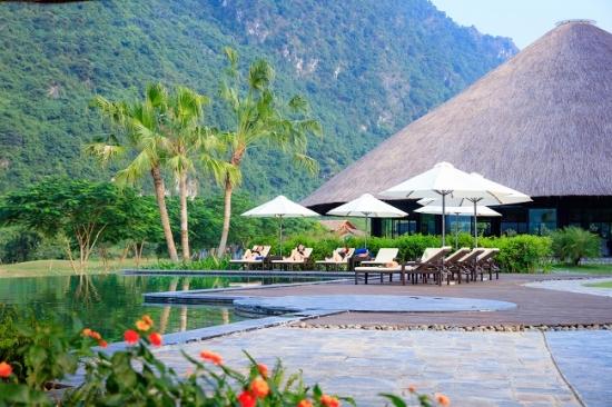 Serena-Resort-Kim-Boi-Hoa-Binh-co-gi-thu-vi (4)